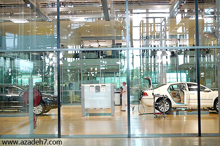 Transparent-Factory-Volkswagen.jpg